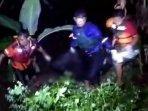 proses-evakuasi-pria-pencari-bonsai-yang-tenggelam-di-sungai-pikatan.jpg