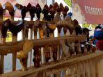 puluhan-keris-dalam-pameran-kriya-keris-grand-city-surabaya.jpg