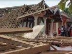puluhan-rumah-warga-kecamatan-gondangwetan-rusak-akibat-ledakan-bondet.jpg