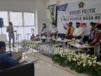 pwi-kabupaten-tuban-menggelar-diskusi-politik.jpg