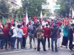 ratusan-mahasiswa-tergabung-dalam-persatuan-aktivis-jember.jpg