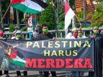 ratusan-orang-beraksi-bela-palestina-di-jatim.jpg