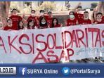 relawan-risma-cawali-surabaya_20151103_232910.jpg