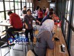riders-cafe-surabaya.jpg