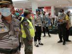 satgas-covid-19-kota-kediri-kembali-melakukan-pengawasan-pengunjung-mall.jpg