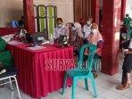 sejumlah-lansia-antre-mengikuti-vaksinasi-di-kantor-kelurahan-klampok-kecamatan-sananwetan.jpg