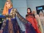 sejumlah-model-memeragakan-busana-hijab_20180303_001256.jpg