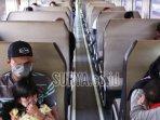 sejumlah-penumpang-dalam-ka-dhoho-keberangkatan.jpg