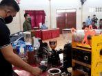 sejumlah-warga-binaan-menerima-materi-cara-meracik-minuman-kopi.jpg