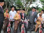 sepeda-banyuwangi-hut-kemerdekaan-ri.jpg
