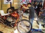 sepeda-motor-custom-kyai-semar-ikut-meramaikan-iims-2018-di-grand-city-surabaya.jpg