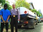 solar-ilegal-bojonegoro_20150501_165346.jpg
