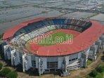 stadion-gelora-bung-tomo-gbt-surabaya-tiga.jpg