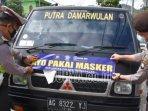 stiker-ayo-pakai-masker-di-kendaraan-angkutan.jpg