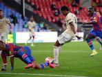 striker-manchester-united-marcus-rashford-saat-mencetak-gol-ke-gawang-cystal-palace.jpg