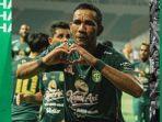 striker-persebaya-surabaya-jose-wilkson-jadi-top-skor-liga-1-2021.jpg