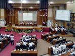 suasana-rapat-paripurna-di-dprd-kabupaten-malang.jpg