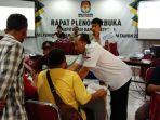 suasana-rekapitulasi-pemilu-2019-tingkat-kabupaten-pamekasan.jpg