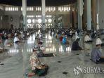 suasana-salat-jumat-di-masjid-al-akbar-surabaya.jpg