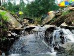 suasana-wana-wisata-bernah-de-vallei-kecamatan-pacet-kabupaten-mojokerto.jpg