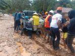 terdampak-banjir-bandang-di-kabupaten-konawe-utara-sulawesi-tenggara.jpg
