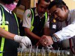 tes-urine-satpol-pp-jombang-susulan.jpg