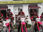 tim-anti-bandit-polrestabes-surabaya-dihadiahi-15-unit-motor-trail_20171129_201252.jpg
