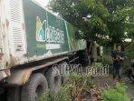 truk-trailer-di-kabupaten-mojokerto-senin-7122020.jpg