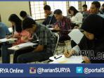 ujian-tes-mandiri-ke-3-di-unesa-surabaya_20160726_222221.jpg