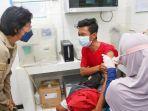 vaksinasi-covid-19-di-surabaya-9102021.jpg