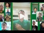 video-pemain-persebaya-surabaya-nyanyi-song-for-pride-untuk-obati-rindu-bonek-makin-kangen.jpg
