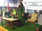wakil-ketua-dprd-kota-surabaya-laila-mufidah-saat-menggelar-reses.jpg