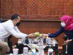 walikota-surabaya-bertemu-khofifah.jpg