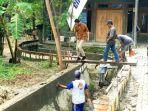 warga-kampung-dukuh-sepat-kelurahan-lidah-kulon-kecamatan-lakarsantri.jpg