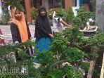 warga-sememi-kidul-tanam-bonsai_20180502_232335.jpg
