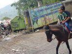 wisatawan-penunggang-kuda.jpg