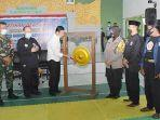 yuhronur-efendi-di-acara-latihan-bersama-antar-perguruan-ikatan-pencak-silat-indonesia.jpg