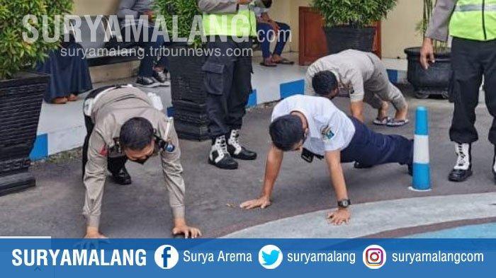 Tahapan Sanksi bagi Anggota Polres Blitar Kota yang Melanggar Protokol Kesehatan, Diawali Push Up