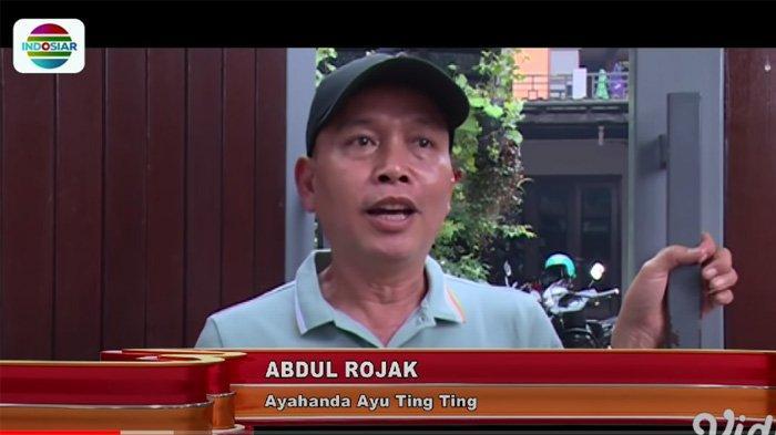 Abdul Rozak Ayah Ayu Ting Ting menanggapi tuduhan plagiat