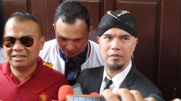 Kenakan Gaya Berpakaian Ini, Ahmad Dhani: Takut Akan Ditiru Pak Jokowi
