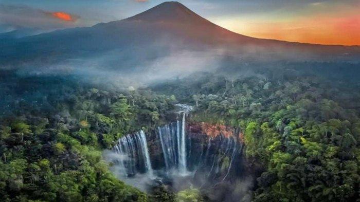 Pemkab Lumajang akan Kembangkan Wisata Air Terjun Tumpak Sewu untuk Tarik Investor