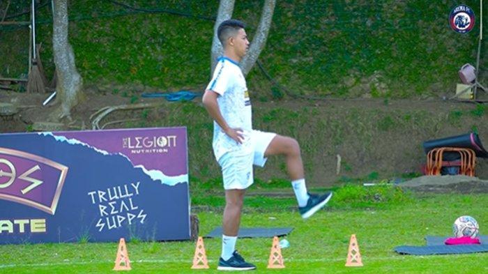 Arema FC Minta Dukungan Bagi Pemulihan Kondisi Aji Saka Pasca Operasi Lutut, Menepi Hingga 9 Bulan