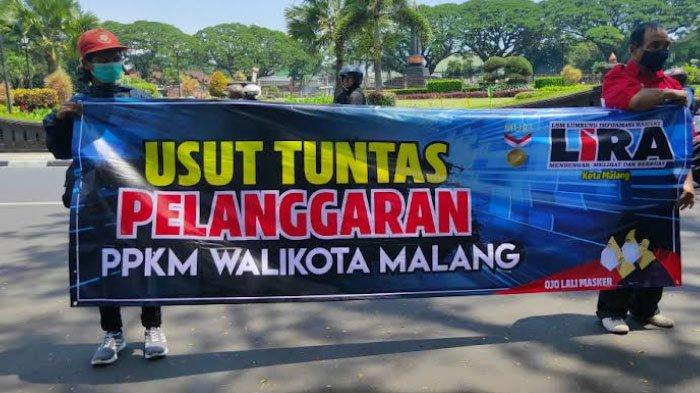 Aliansi Kondang Merak Demo Tuntut Pengusutan Dugaan Pelanggaran PPKM Oleh ASN Pemkot Malang