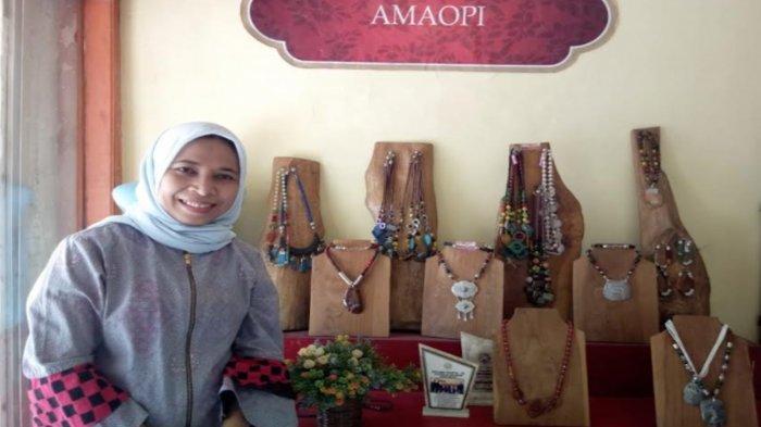 Profile UMKM, AMAOPI Aksesori Milik Acik Yuli Triasasi Usung Kearifan Lokal