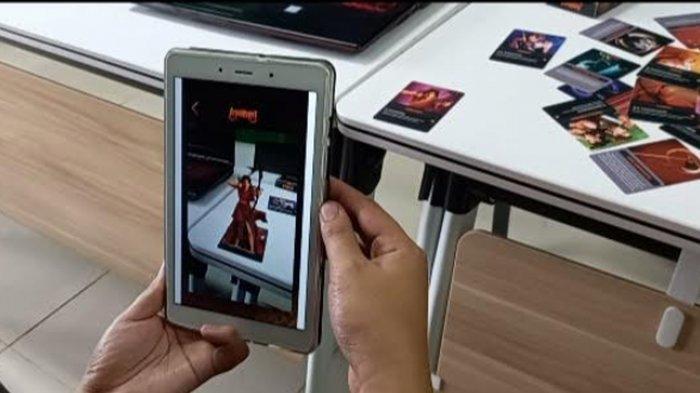Mahasiswa UM Bikin Games Kartu Tokoh Wayang