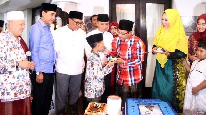 Wali Kota Malang Sutiaji Ajak Buka Bersama 300-an Anak Yatim Piatu di Rumah Dinas