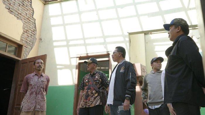 Anggota DPR RI, Ali Ahmad Distribusikan 1.000 Paket Bantuan ke Korban Gempa di Malang