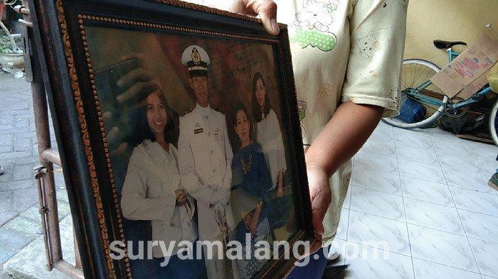 Anggota TNI AL Tewas dengan Kepala Terbungkus Kresek di Rumah Neneknya di Surabaya