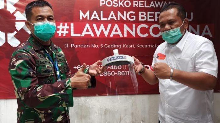 Arema FC dan PSSI Sumbang Face Shield untuk Tenaga Medis