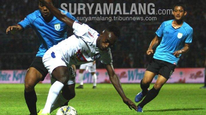 Ricky Kayame Siap Hadapi 'Teror' Dari Bonek Di SGBT Final Piala Presiden